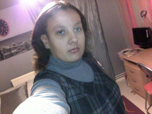 Plan Cul Gironde, Une Fille Vierge Porno, Femme A Poil Gratuit